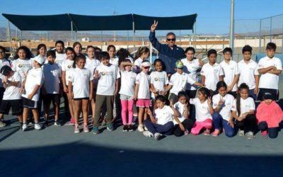 Horacio de la Peña realizó clínica deportiva para alumnos y apoderados de la Escuela de Tenis Puerto Mejillones