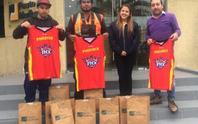 Puerto Mejillones entregó indumentaria deportiva a equipo de básquetbol mejillonino