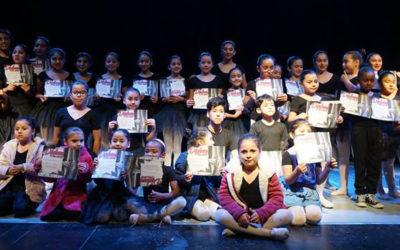 Escuela de Ballet de Puerto Mejillones cerró el semestre con clase abierta para la comunidad