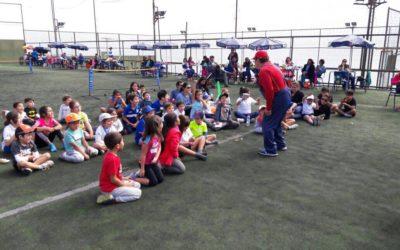 Escuela de Tenis Puerto Mejillones participó en el primer Encuentro Familiar de Mini Tenis en Antofagasta